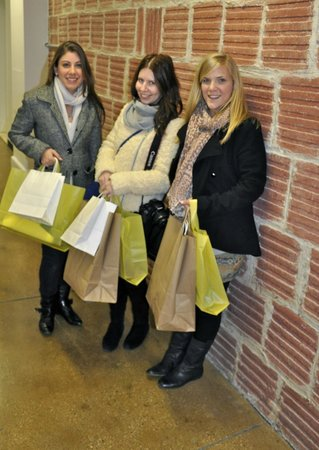 Style Room NYC Shopping Tour Experiences: Cosmo Magazine Sweepstake Winners From Australia