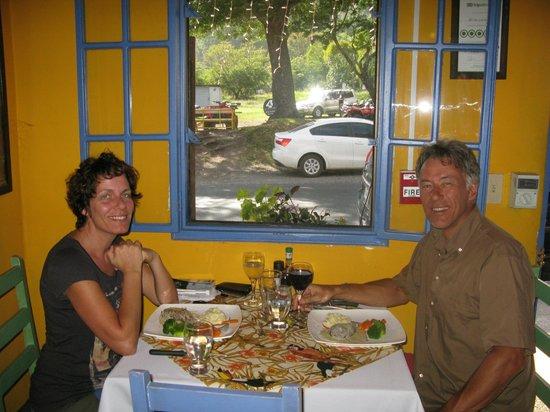 Boquete Art Cafe: Wining & Dining in Art Café