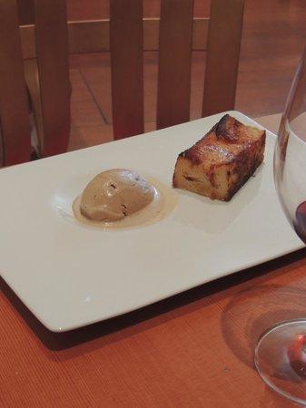 Bistró Guggenheim Bilbao: Glace et pain perdu