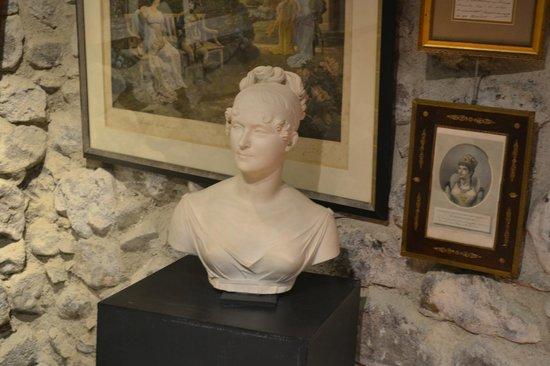 Musée de la Pagerie : museum exponates