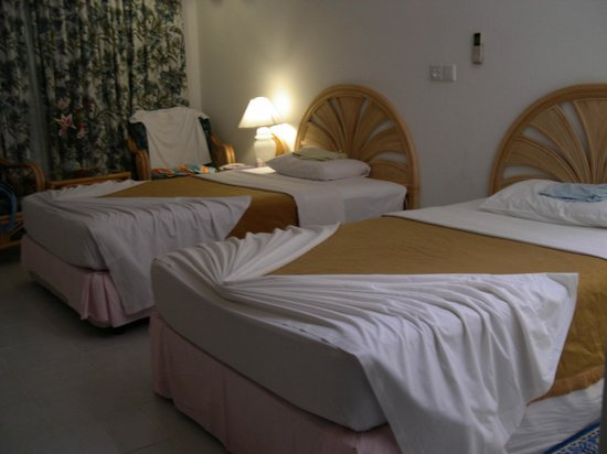 Paradise Island Resort & Spa: Room at last night