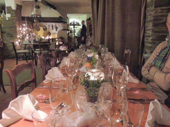 Turmgasthaus Burg Thurant: Festlich gedeckter Tisch