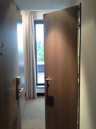 "IntercityHotel Dresden: corridor with bathroom makes for ""suite"" feeling"