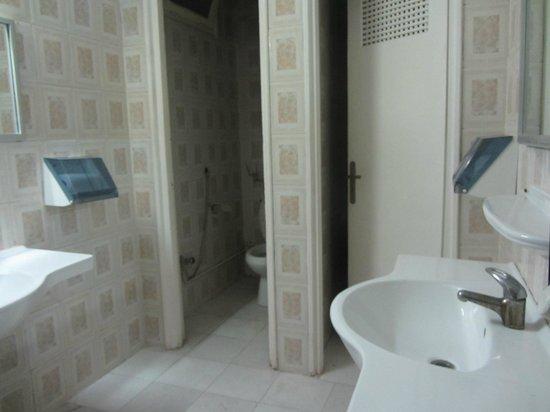 Hotel l'Oasis Gabes : WC cafe 1