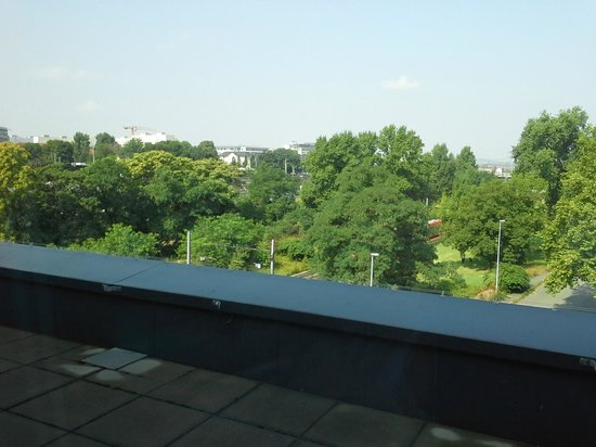 InterCityHotel Dresden : view from our room