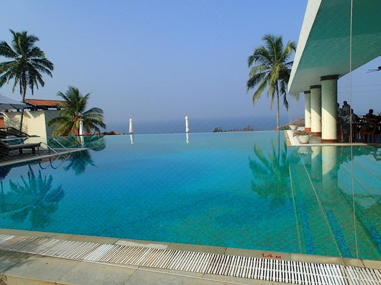 The Leela Kovalam Beach: The Leela