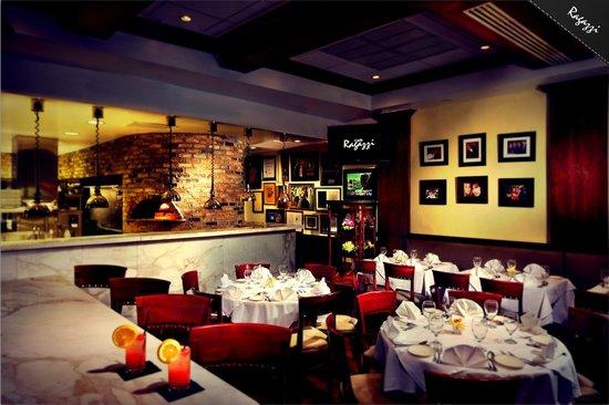 Cafe Ragazzi : Inside of the restaurant