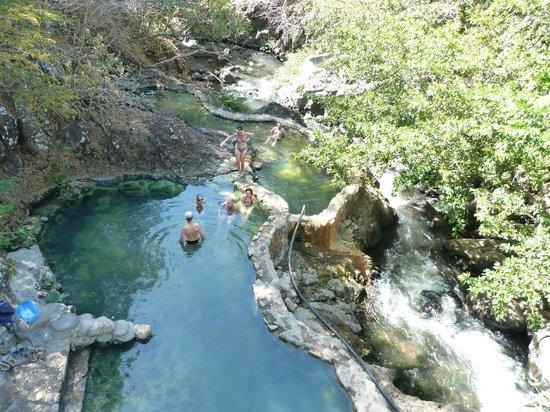 Hacienda Guachipelin: bains chauds