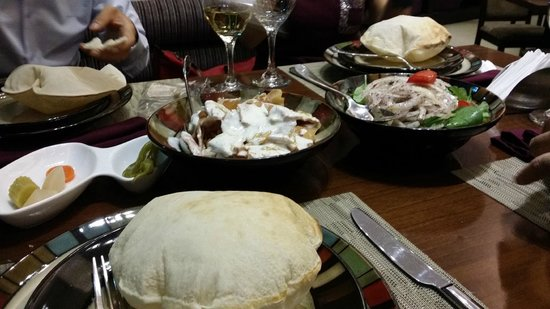 Hommos picture of yasmina lebanese cuisine accra for Cuisine yasmina