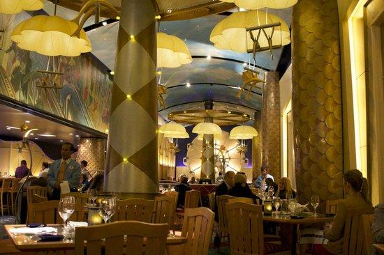 Flying Fish: Attractive restaurant