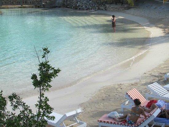 SeaGarden Beach Resort: Belle plage mais petite