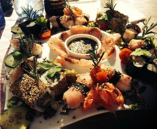 Le Restaurant du Poisson Rouge : Plateau de sushis