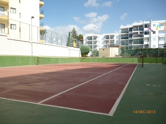Apartamentos Montemar : Tennis court