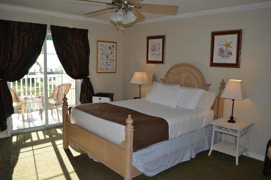 Tarpon Lodge & Restaurant: Our room