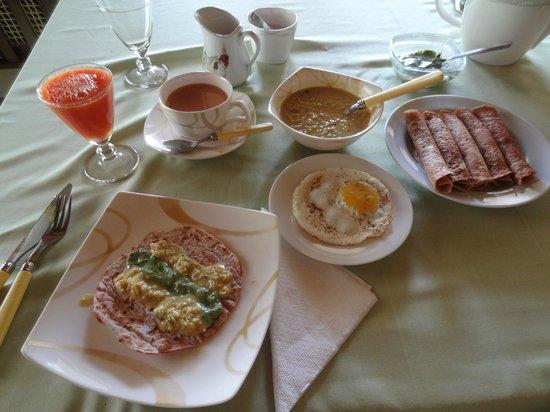 Morning Mist Guesthouse: Petit dejeuner