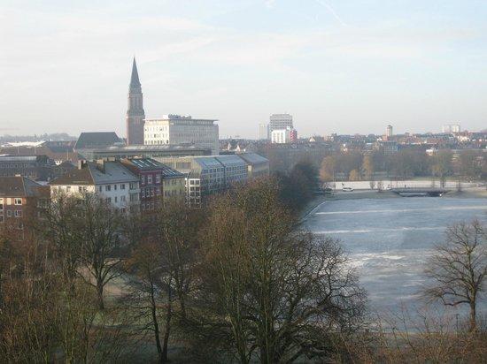 Steigenberger Conti-Hansa: Blick aus dem Fenster, Raum 763