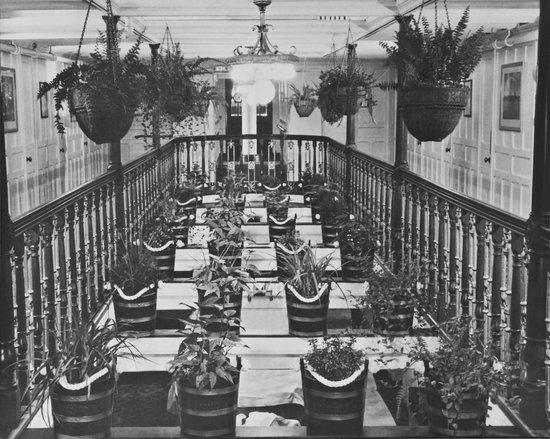 The SS Keewatin: Flower Pot Lounge 1910