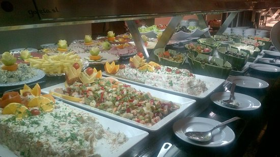 Sandos Monaco Beach Hotel & Spa: Buffet