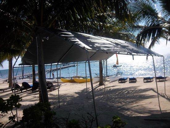 Caribbean Villas Hotel : Our beach