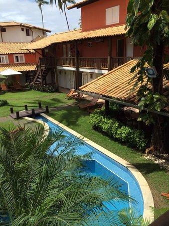 Hotel Pousada Tatuapara: Área central onde ficam a piscina e a hidro.