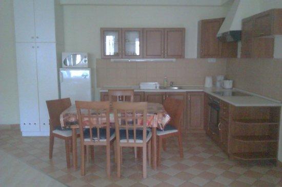 Agape Aparthotel: Cocina