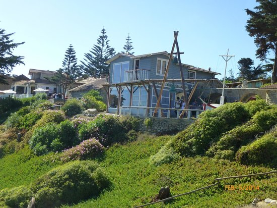 Pablo Neruda's House: Neruda's home at the Ocean, overlooking a magnificent bay
