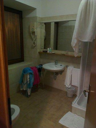 Hotel Cima Rosetta: Il bagno