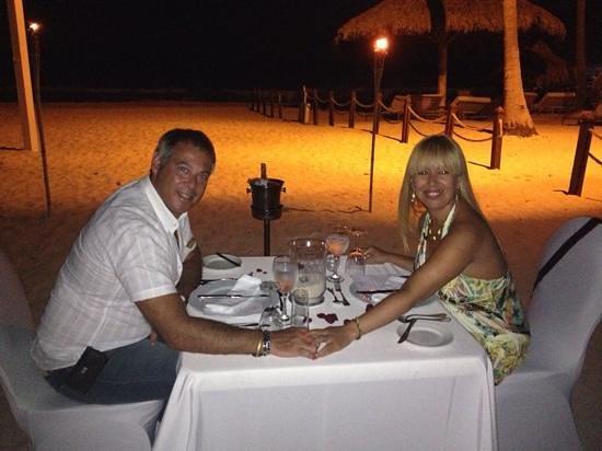 Paradisus Punta Cana: cena romantica en la playa!