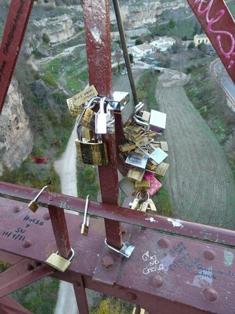 Puente de San Pablo (Saint Paul Bridge): Puente de San Pablo, Cuenca