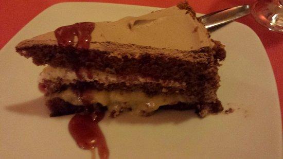 Trattoria La Pergola: torta al cioccolato