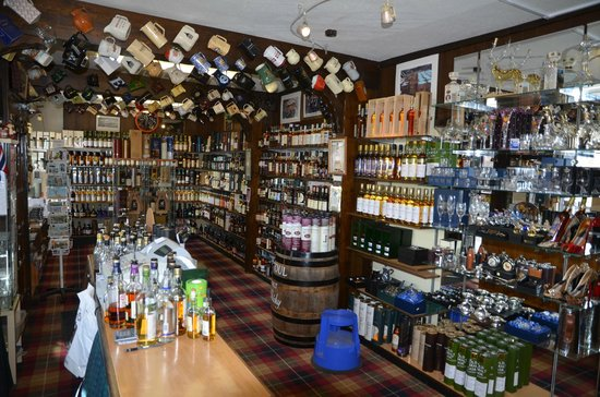 The Whisky Castle : The Goods