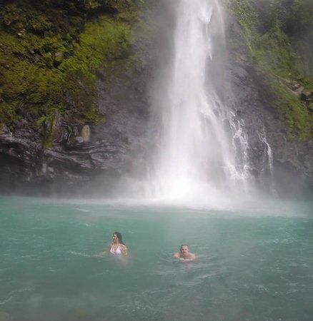 Victoria Falls: Swimming in the lake