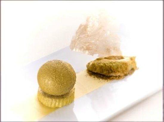 Restaurant Umami: pizzocchero sferico golden