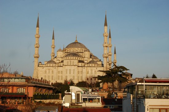 Ferman Hotel: Blue Mosque from the roof