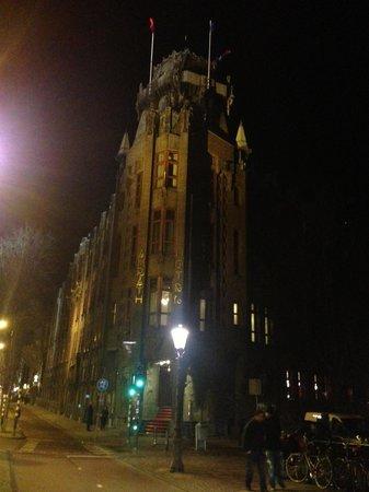 Grand Hotel Amrath Amsterdam: Esterno poco promettente , dentro è peggio !