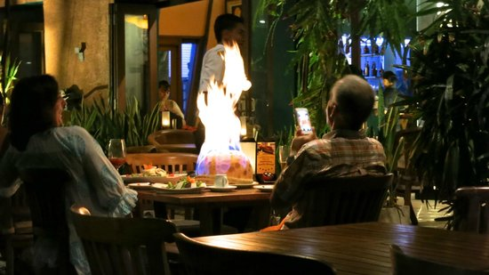 Alam KulKul Boutique Resort: volcano pizza !