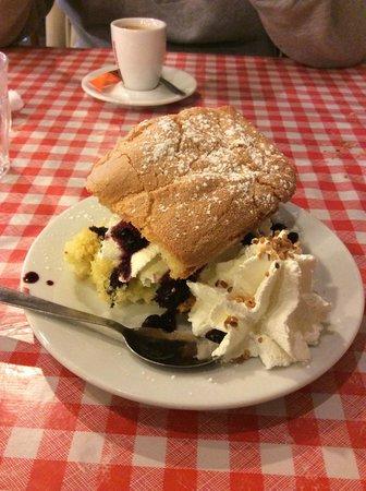 La Ferme à Dédé - Grenoble Centre : Amazing dessert!