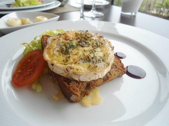 Montebelo Aguieira Lake Resort & Spa: queijo gratinado