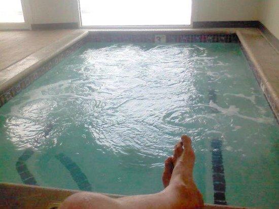 Days Inn Salt Lake City South : Large clean hot tub