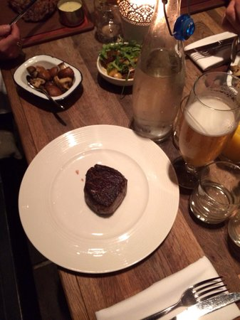 The Cowshed : Yay! Good pony at last ... They gave me a plate and the medium rare fillet was good! :)