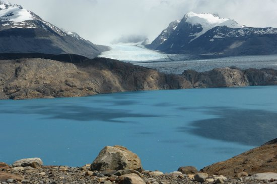 EOLO - Patagonia's Spirit: Valley of the Fossils Glacier Lookout