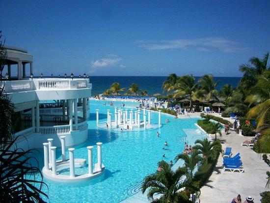 Grand Palladium Jamaica Resort & Spa: view from lobby