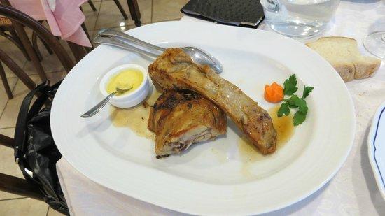 Hotel Ristorante Margherita: Agnello con compsota mele e curry
