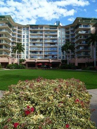 Honua Kai Resort & Spa: resort tower view from pool