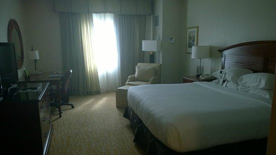 Doubletree by Hilton Sunrise - Sawgrass Mills : Room view#2