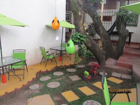 Real Colonial Hotel: breakfast garden