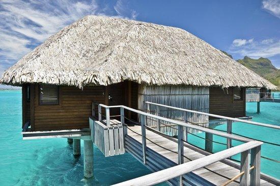 Four Seasons Resort Bora-Bora : Mountain View Bungalow, Four Seasons Resort Bora Bora