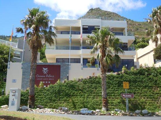 Oceana Palms Luxury Guesthouse: Voorzijde Hotel