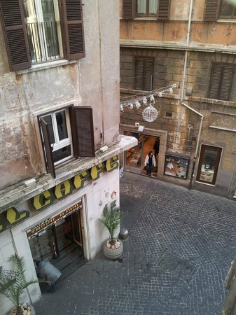 Best Suites Pantheon : view from the room