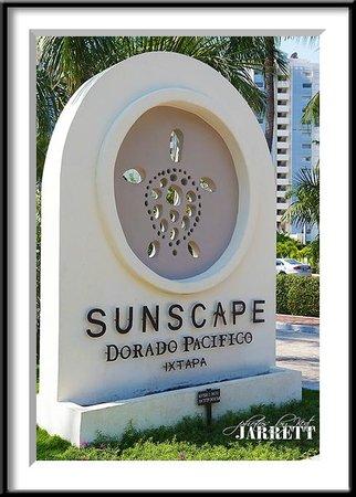 Sunscape Dorado Pacifico Ixtapa: Sign